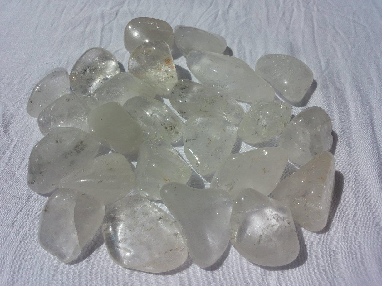 Venusblume-Lichtzentrum-Melinda-Hebenstreit-Nueziders Kristall Handstein Bergkristall