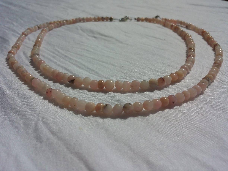 Venusblume-Lichtzentrum-Melinda-Hebenstreit-Nueziders Kristall Rosa Andenopal Kette