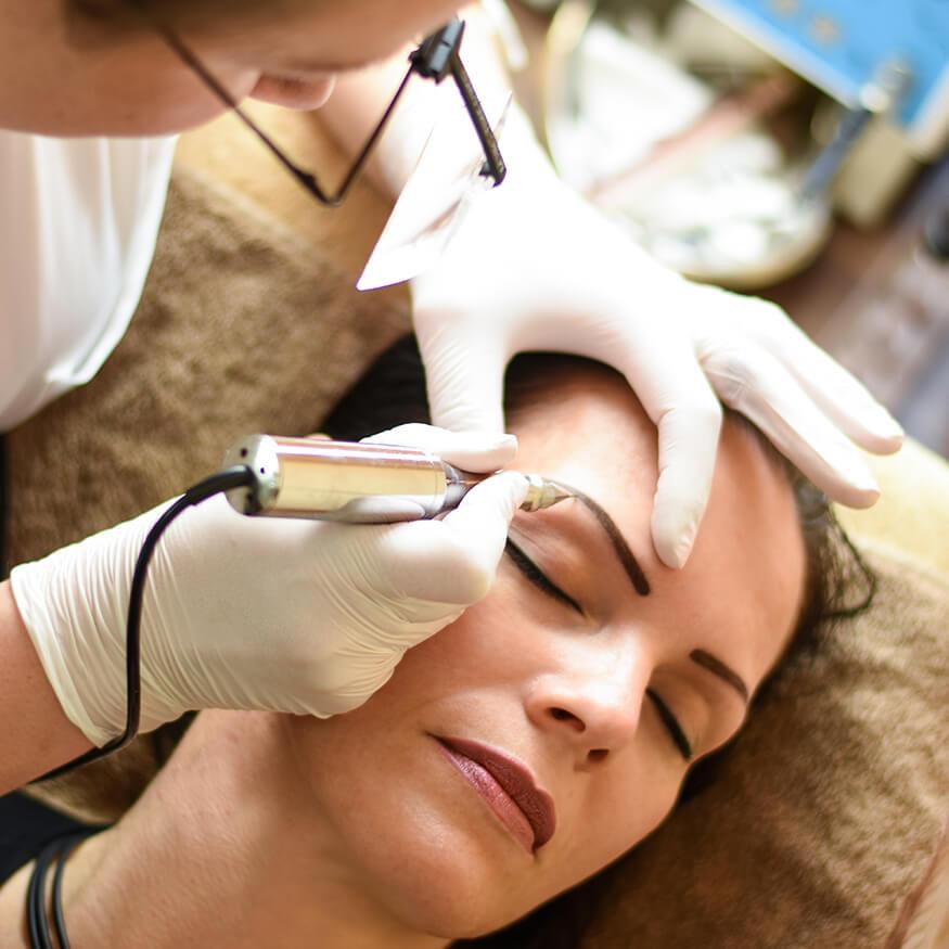 venusblume-lichtzentrum-nenzing-pedikuere-permanent-makeup3