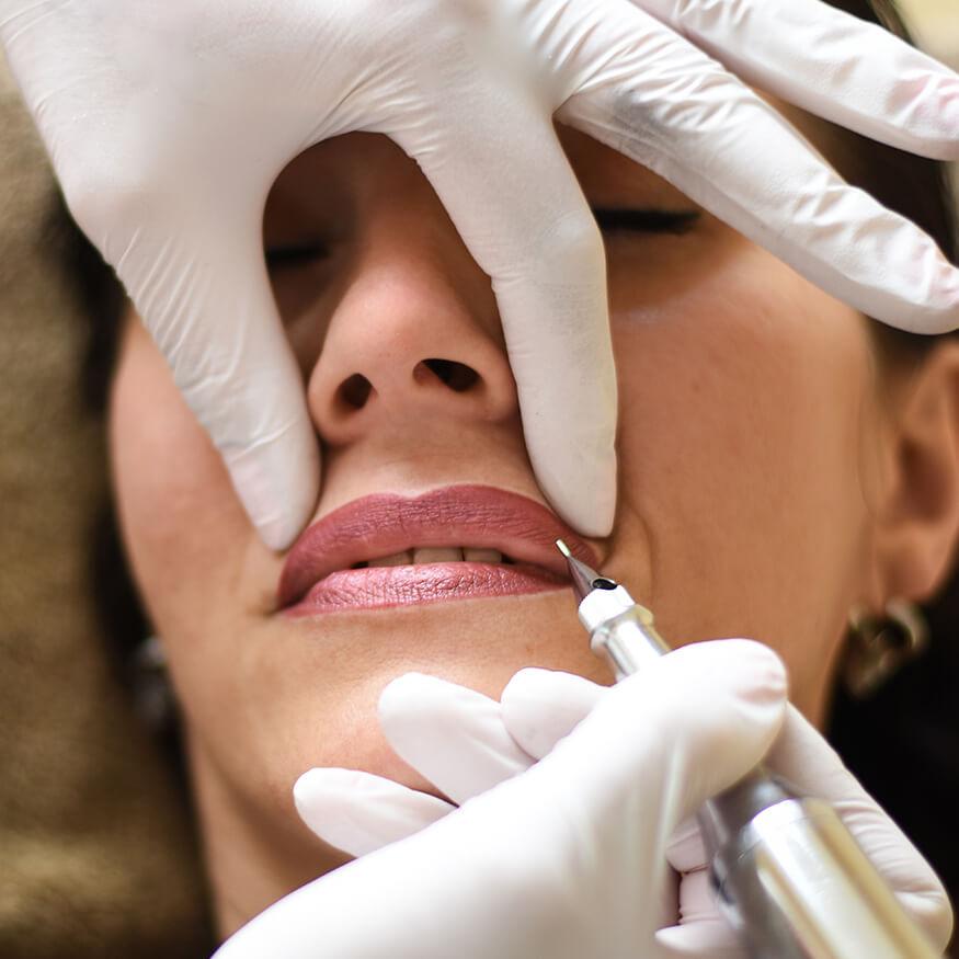 venusblume-lichtzentrum-nenzing-pedikuere-permanent-makeup5